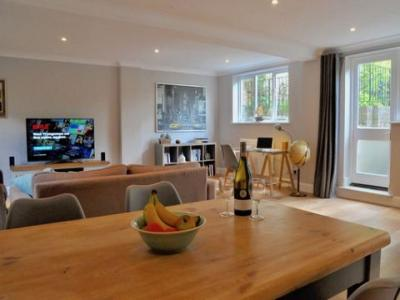Location Appartement EAST-MOLESEY KT8 0