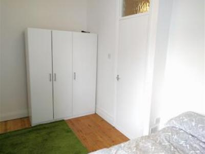 Location Appartement ILFORD IG1 1