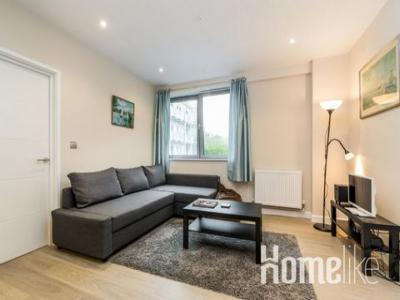 Location Appartement BARNET  EN